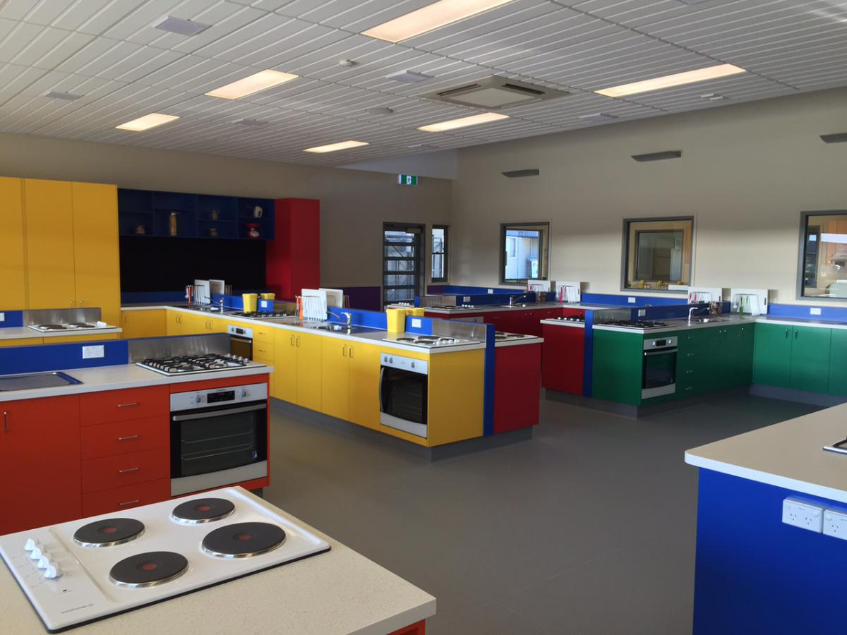 New food technology kitchen complete marymede catholic for Cuisine tech